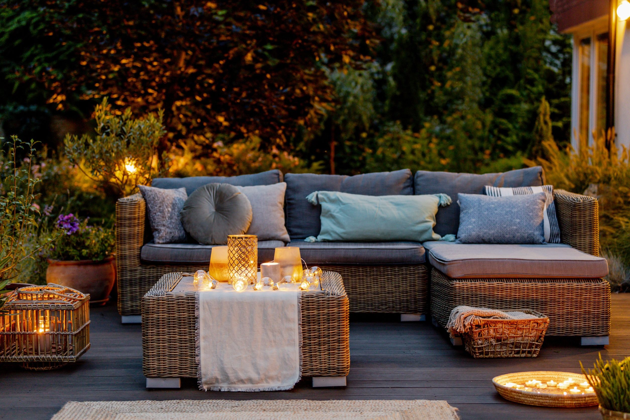 top 10 terrace decoration idea to adorn your outdoor space