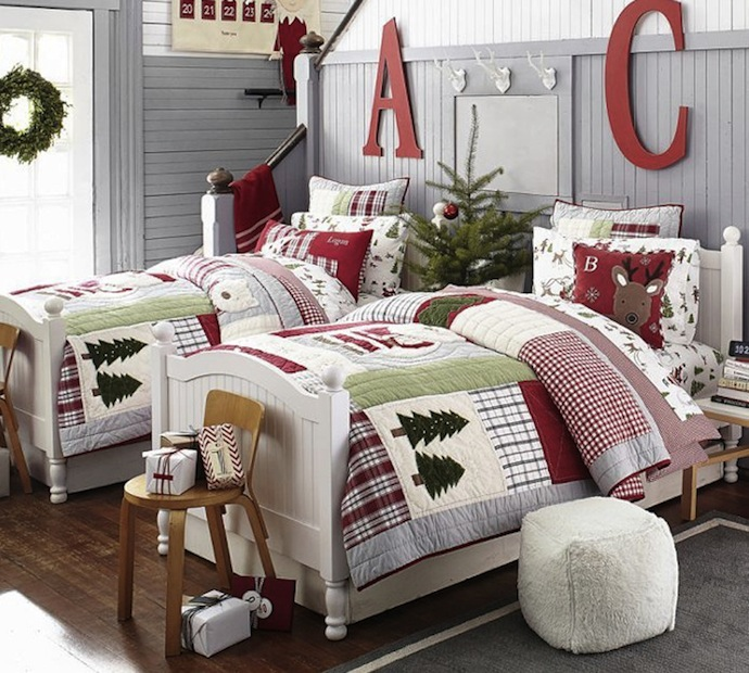 How to decorate your child's room for Christmas