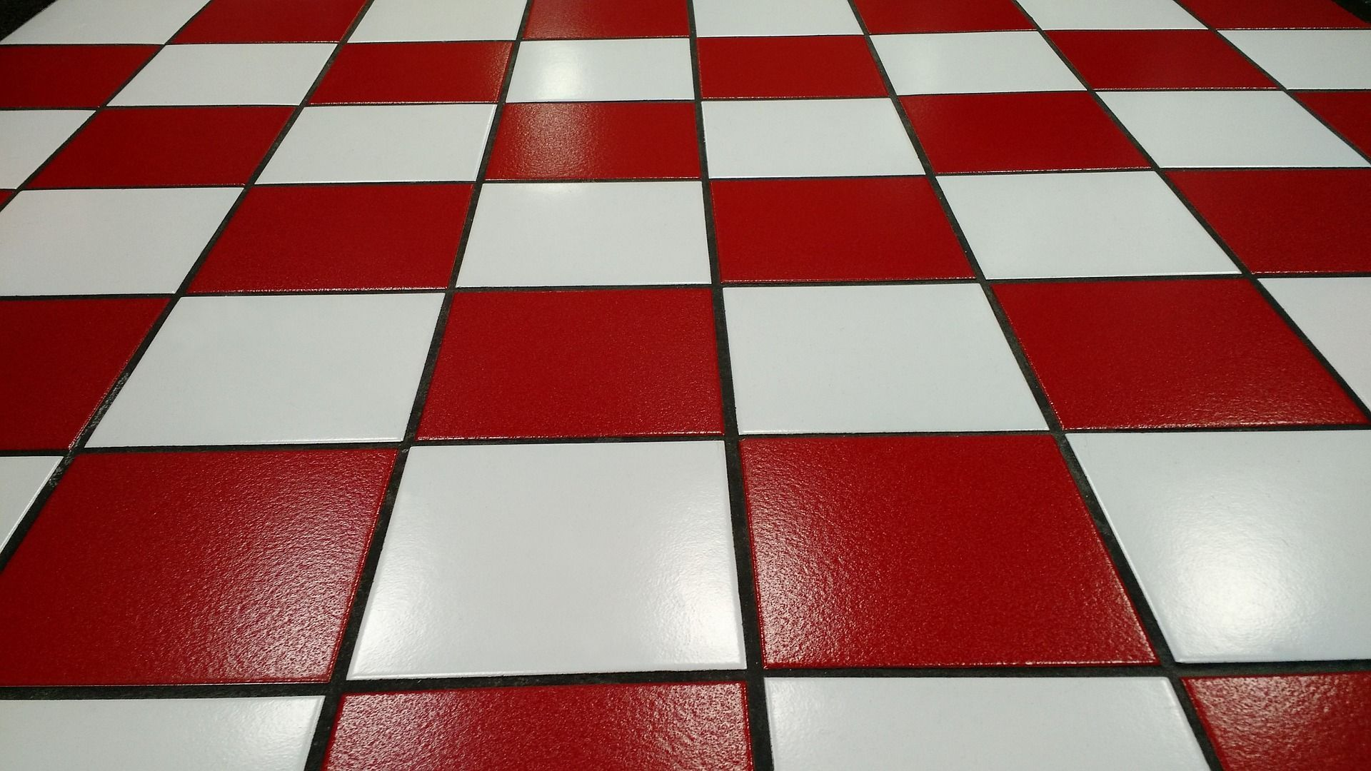 Things that you should not spill on your tile floor