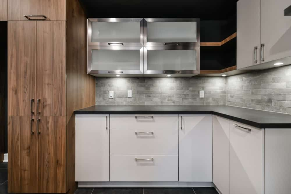 What are the different types of Kitchen Cabinets?